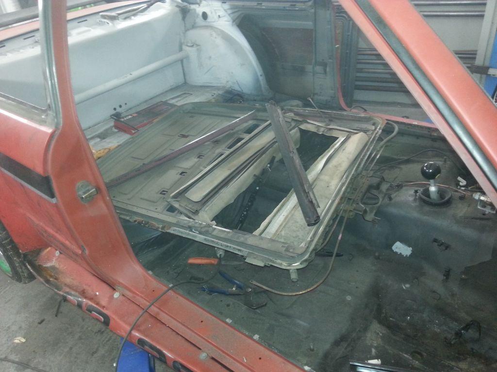 BMW E30 usuwanie szyberdachu